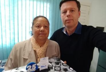 Escritório Leica Moreira recebe homenagem pelos 25 anos de parceria